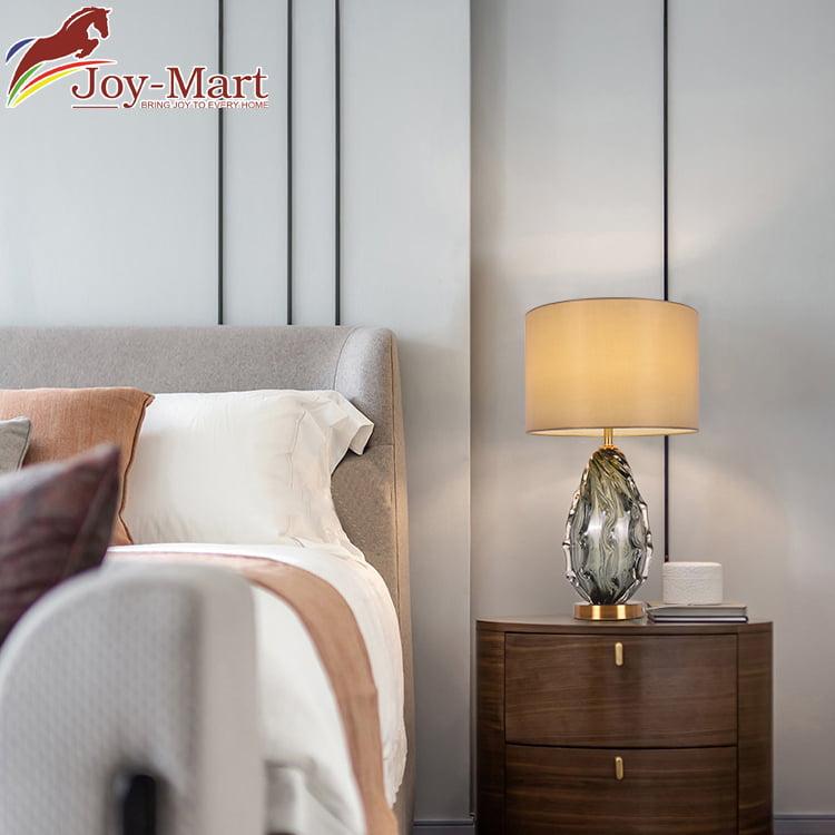 đèn để bàn phòng khách nghệ thuật